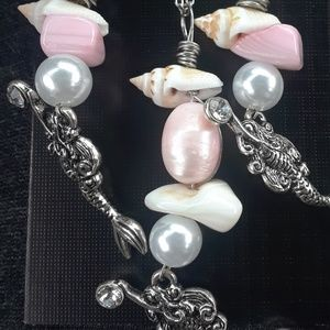 Mermaid treasures necklace and earring set